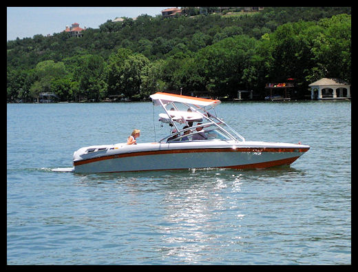 Boating on Lake Travis