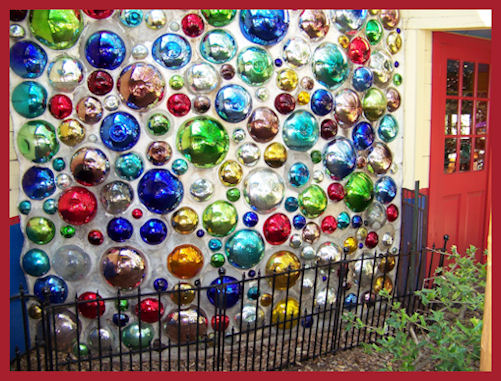 Chuys Bubble Wall by L.A. Cargill