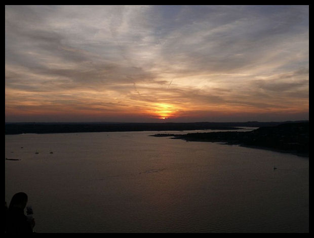 Sunset on Lake Travis - Wikimedia Commons CC 2.0